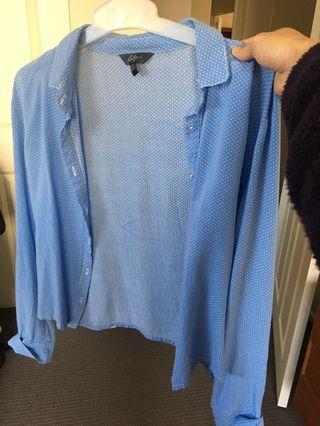 Blue dotted crop shirt