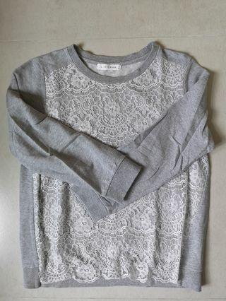 九成新 Lowrys Farm 灰色衫