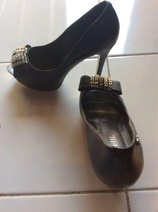 Heels Black by Rotelli