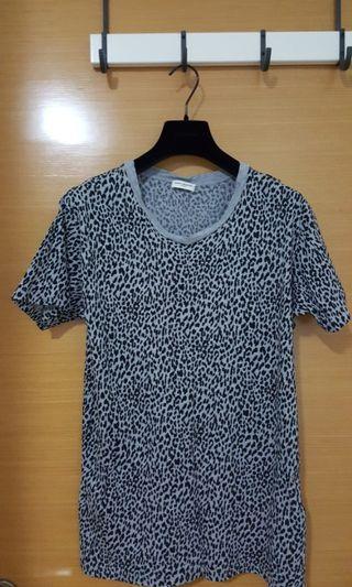 Saint Laurent leopard t shirts