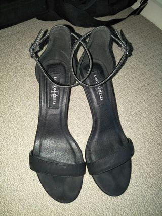 Size 7 london rebel heels worn once only