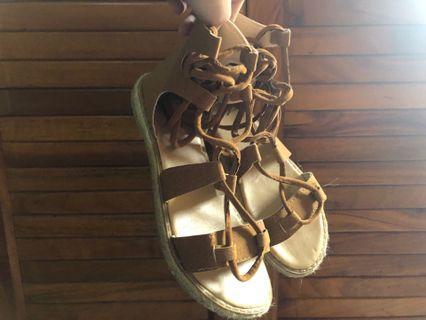 極新✨羅馬鞋 #半價衣服拍賣會