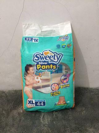 """Diapers/Pampers/Popok Baby """"Sweety - Silver"""" size XL isi 44"""