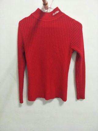 🚚 超顯瘦緊身正紅色毛衣