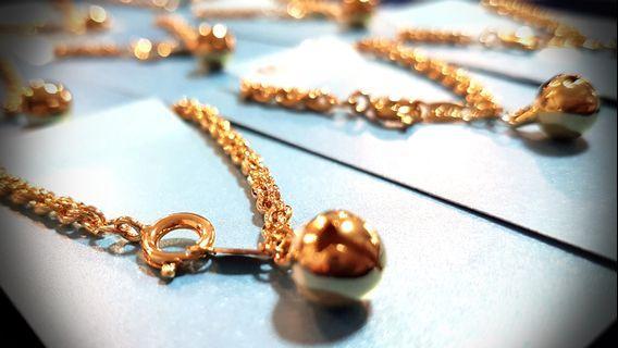Korea made Bracelet gold color