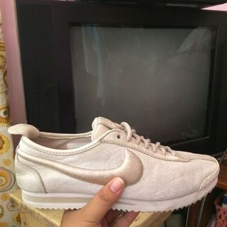 cd6db4089 Buy New   Used Women s Shoes Online