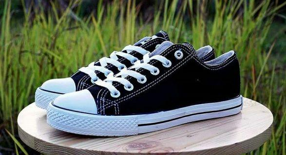 Sepatu Sparta LC Black White