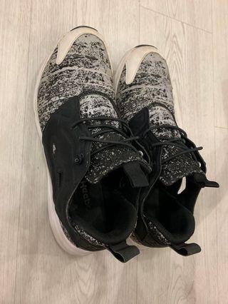 (USED)Reebok shoe