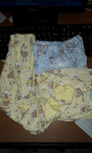 Celana panjang velvet