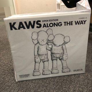 KAWS along the way grey 現貨