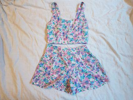 Missguided floral two piece set