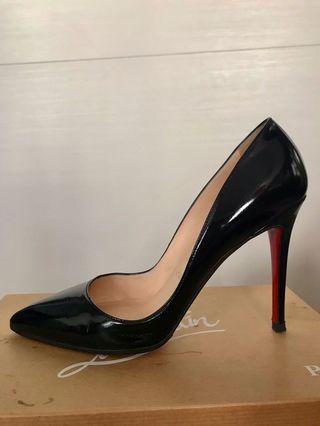 Christian Louboutin black patent Pigalle pumps heels 38