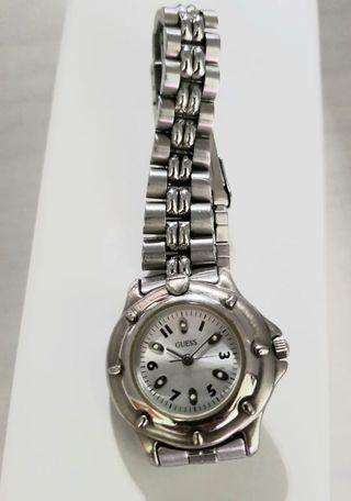 🚚 Authentic Guess Ladies Watch