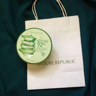 Nature Republic Aloe Vera Soothing Gel ori