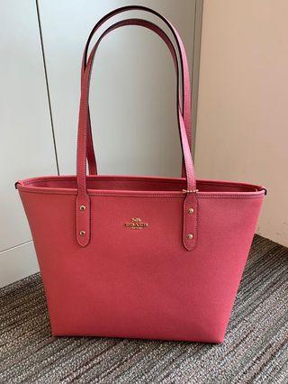 🚚 Coach City Zip Tote Bag