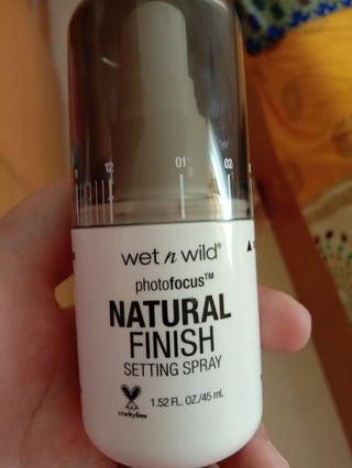 Wet n wils Setting Spray