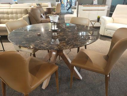 Round Italian marble table