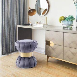 Customise color dressing table stool masterbedroom
