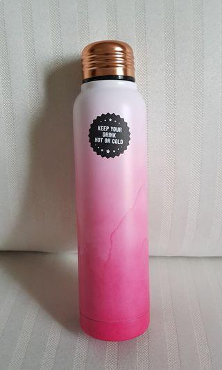 Typo metal bottle