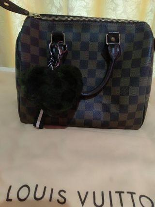 🚚 100% Authentic LV speedy 25