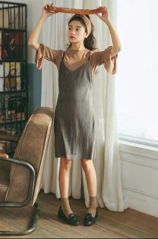 吊帶絲絨連身裙