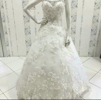Lace Wedding Gown For Sale