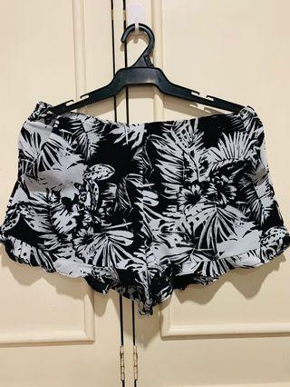 Forever 21 Frill Trimmed Shorts