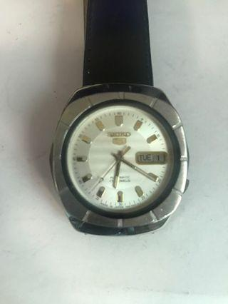 Vintage Seiko 7009-8170 Automatic Men's Watch