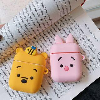 PO: pooh/piglet apple airpods silicone cover