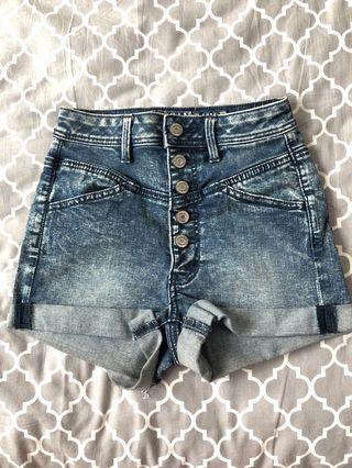 🚚 American eagle jeans shorts size 00