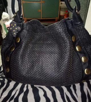 Full leather shoulder bag