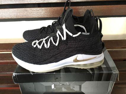 NEGO OBRAL MURAAH!!! Nike Lebron James 15 Low Black/Gold GRATIS Ongkir