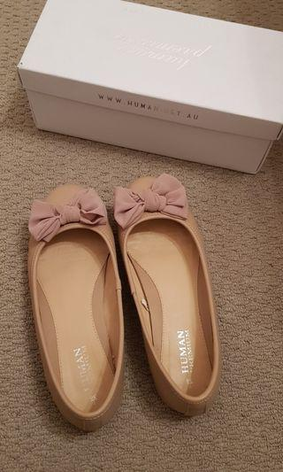 Nude Allure ballet flats/shoes leather size 7/38