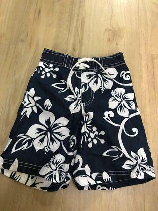 🚚 Preloved Boys Old Navy Swim Shorts Size 3T (Navy Blue)
