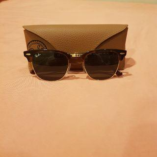Ray Ban Clubmaster with Tortoise Frame