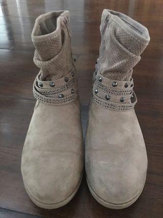 Boots suede sz 36