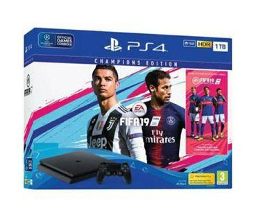 🚚 PRE ORDER PS4 Slim 500GB Console FIFA 19 Bundle