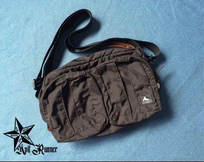 Authentic Gregory Twin Pocket Shoulder Full Black