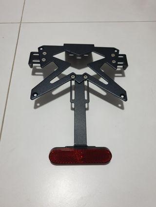 Number Plate Bracket for Kawasaki Ninja 250 Z800 Z900 ER6 Black Licence Plate Rear Fender Eliminator Red Reflector