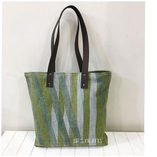 Classy tote bag