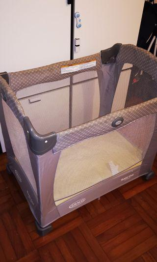 Graco 網床Travel lite Crib with Stages
