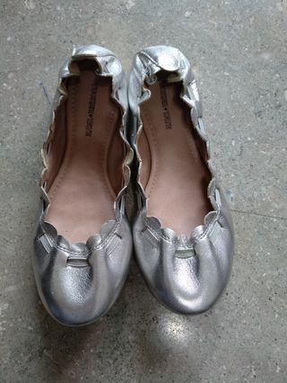 girl's shoes, size  US 1.5 euro 32.5