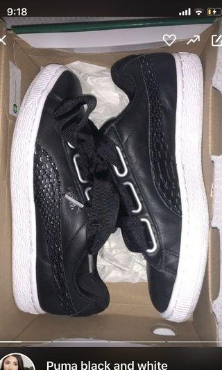 Puma bow low top sneakers
