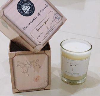 Clipper Tea's Love in Paris Scented Candle