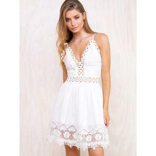 BNWOT PRINCESS POLLY WHITE LOVE BEADS DRESS - SIZE 6 AU (RRP $80)