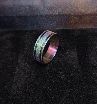 Shiny chrome design ring