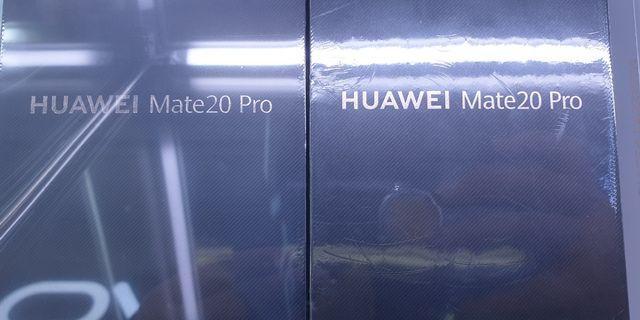 Brand new Huawei Mate20pro (Twilight)