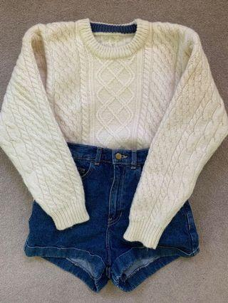 Vintage off-white knit top