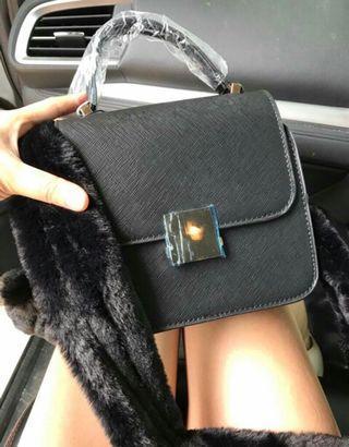 Zara mini city black new ya uk19x15 freeong via shoppe