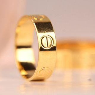 Cartier Gold Ringq